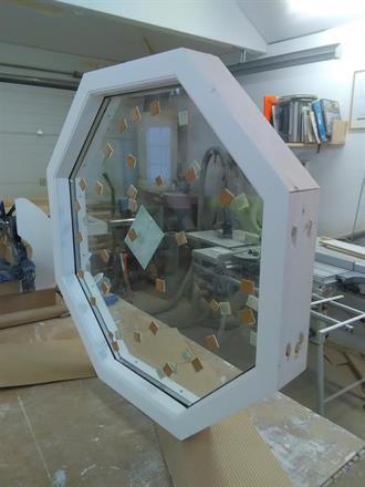 8 kantigt fönster