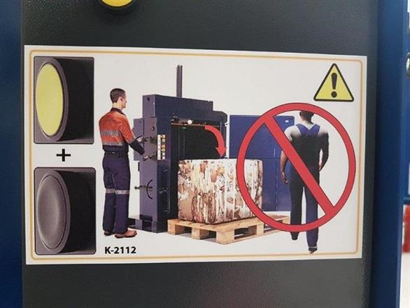 Macfab 100 säkerhetsdörr