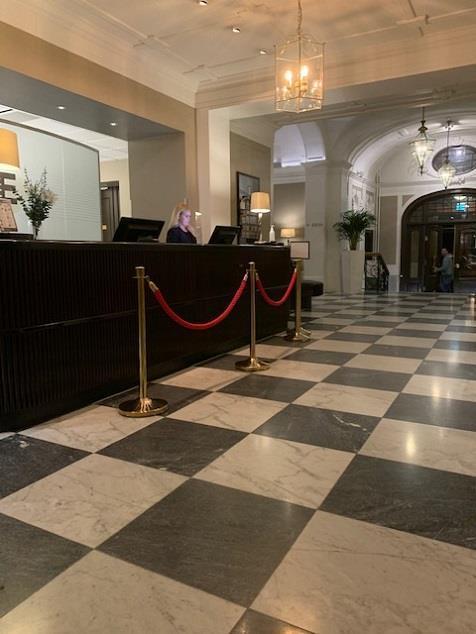 Signering i lobbyn på Elite Grand Hotel