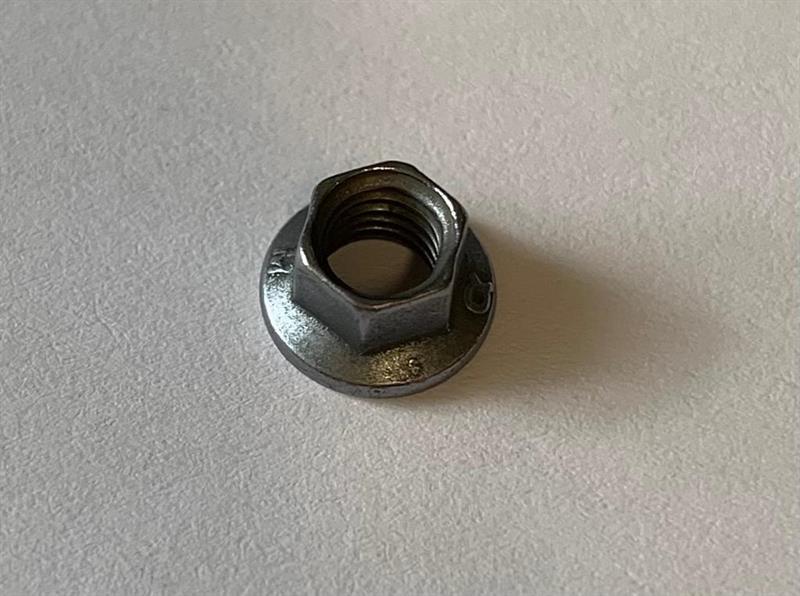 K-Mutteri, K-nut M5 x 0,8mm