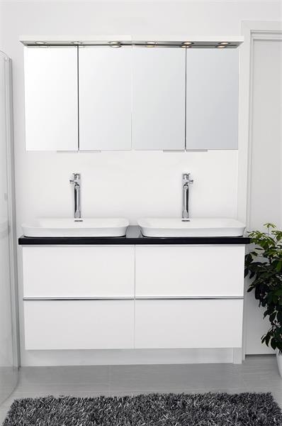 Svart Granite, 2x600NB-WM