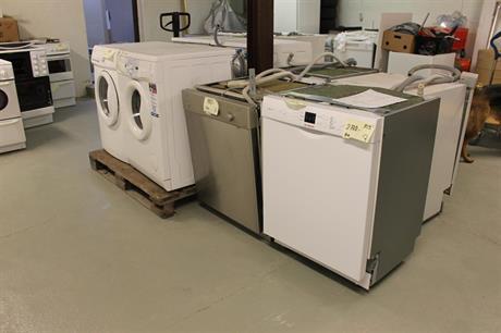 Tvättmaskiner o Diskmaskiner vita o rostfria