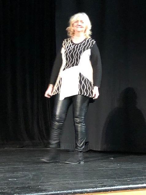 Modevisning med författaren Britta Ivarsson Possnert