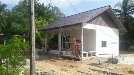 Huset vi har bygget med utvidet kjøkken på baksiden.