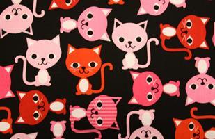 Puuvillakangas musta-pinkki kissa
