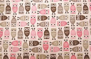 Puuvillakangas harmaa-pinkki pöllö