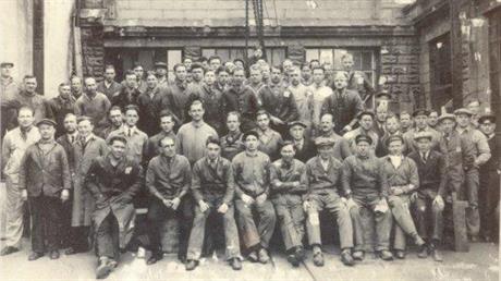 Bildet er tatt på Krim ved den store Dokka på verven. Det er fra torpedofabrikken i 1934