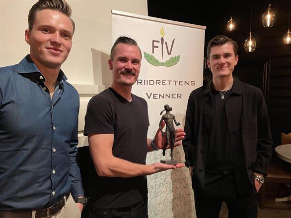 Tre blad Årets navn i norsk friidrett - Karsten, Henrik og Jakob