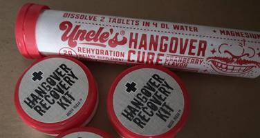 Hangover kit -setti