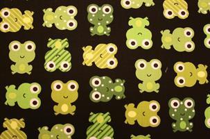 Puuvillakangas musta-vihreä sammakko