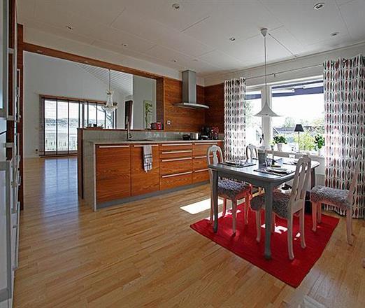Kök i modern villa