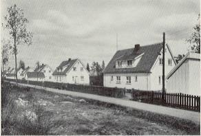 Boliger på Raufoss. Ikke ulike Apenesboligene. Kilde: Raufoss ammunisjonsfabr. 1896-1946