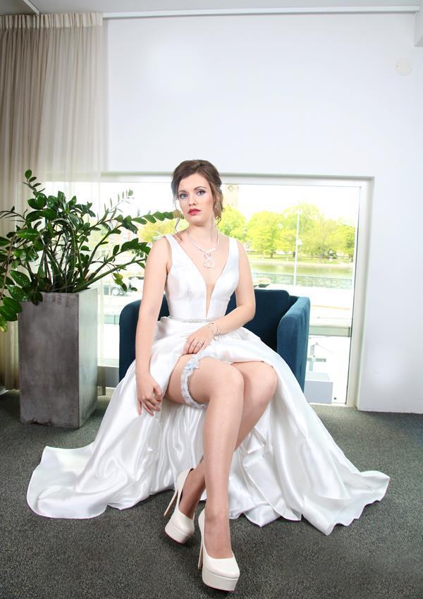 Marizol Foto https://www.facebook.com/MarizolEinarssonFotograf/ Miss Pretty Moi https://www.facebook.com/missprettymoi/ Mäster Skoog AB https://www.facebook.com/M%C3%A4ster-Skoog-AB-157620727588287/ Guldbutiken Tre Smeder https://www.facebook.com/guldbutikentresmeder/ Make Up Store Eskilstuna https://www.facebook.com/makeupstoreeskilstuna/ Hårdesign Salong https://www.facebook.com/hardesign.salong/ Interflora BlomsterVerkstaden https://www.facebook.com/Interflora-BlomsterVerkstaden-289002667959779/ Elite Stadshotellet Eskilstuna https://www.facebook.com/elitestadshotelleteskilstuna/
