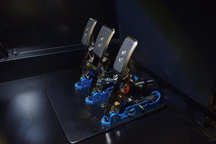 Hydraulic pedals