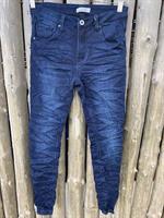 Piro Jeans, Tummansininen