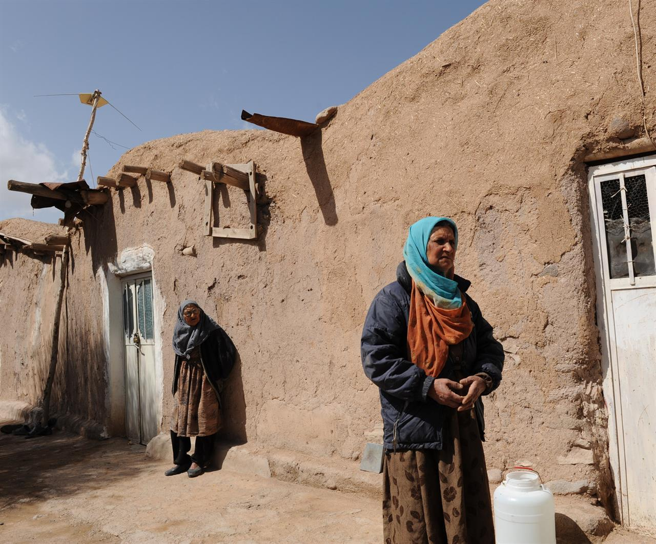 Landsbykvinner i Kerman-provinsen (Foto: Rolf Larsen)