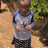 "Angel Chahiru med ""sponsorkort"""