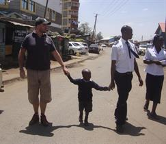 2012 - Going to different homes of Kibera