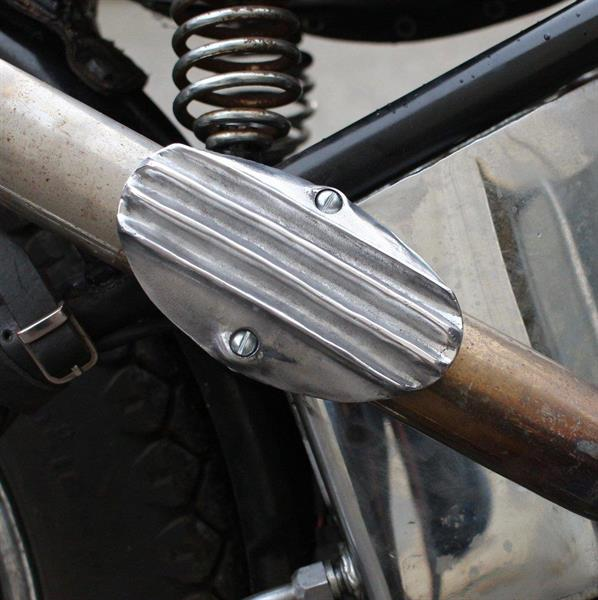 RIBBED BOOT GUARD EXHAUST HEAT SHIELD