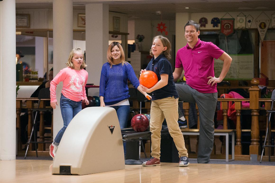 WB Bowling