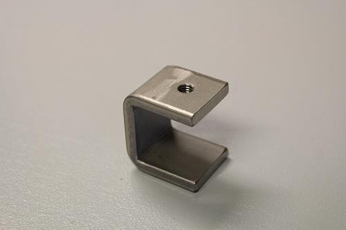Balkklamma Hål 8mm