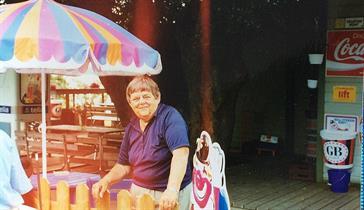 Ina, Stefans mamma som hade kiosken före oss.