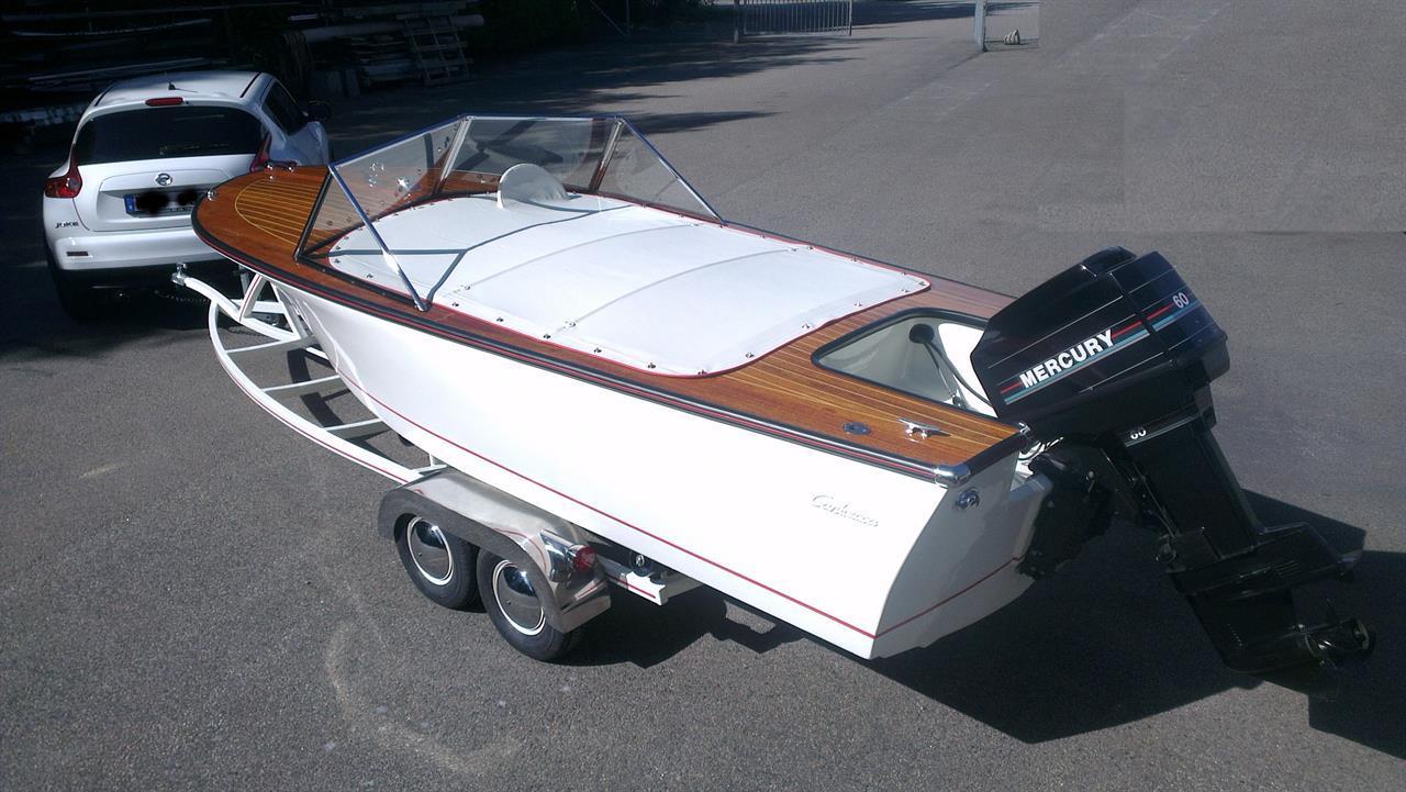 Båttrailer med kundens båt