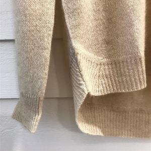 Estheme Cashemire V-Neck Knit, Latte