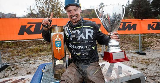 Albin Elowson tar hem segern på Gotland