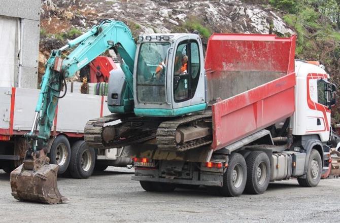 Kobelco 8 tonner skal av hjemme etter enda ett oppdrag
