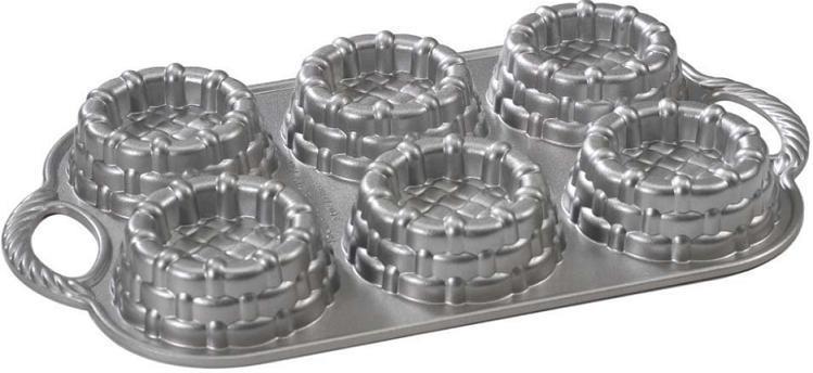 "Nordic Ware Kakeform ""Shortcake Baskets"""