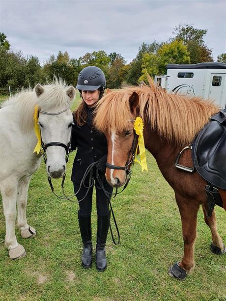 29 september Tävlingsrapport från Ellen & Sofia!