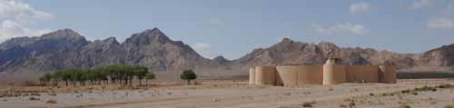 Karavanserai mellom Yazd og Kerman i Iran  (Foto: Rolf Larsen)