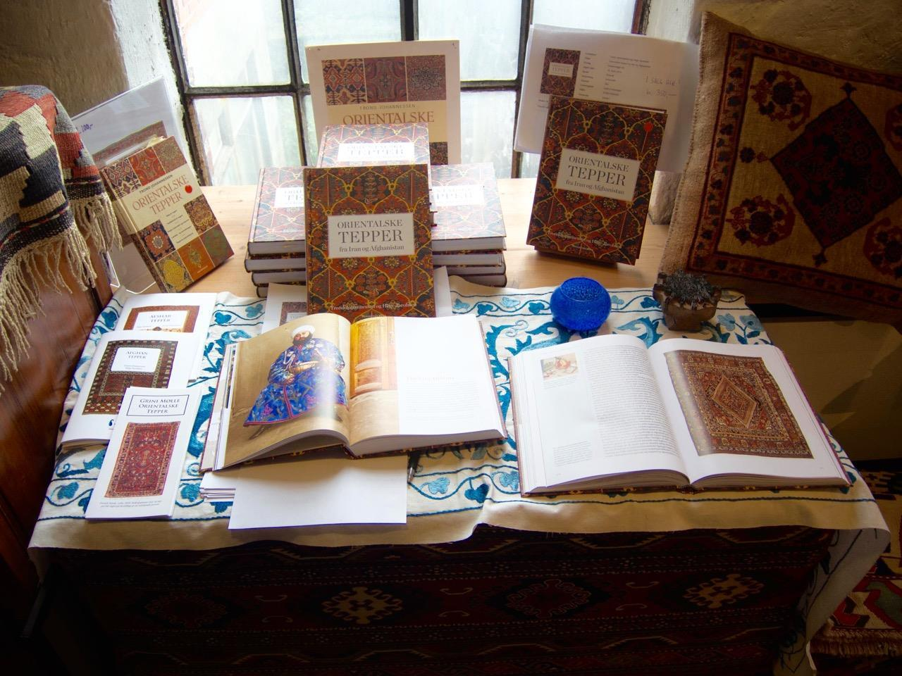 Vår bok 'Orientalske tepper fra Iran og Afghanistan'