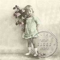 Sagen Vintage Serv Green girll