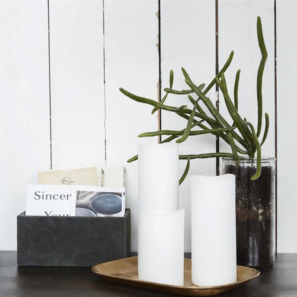 House Doctor Candle, Led, White, ajastimella 7,5 x 18 cm
