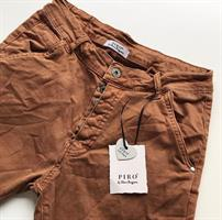 Piro Jeans, Biscotto