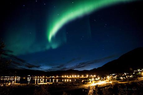 Nordlys over Oksfjord