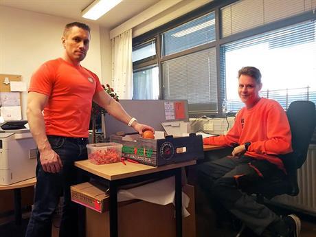 Tommi Lindström (suojaus- ja sukitustuotteet) ja Markku Kämäräinen (suojaus- ja palokatkotuotteet)