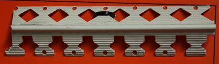 Kaarikulma PVC 25 x 25mm x 3000mm / 25 kpl