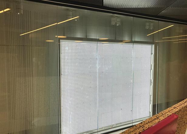 Lysboks på plass og dette vinduet er ferdigstilt