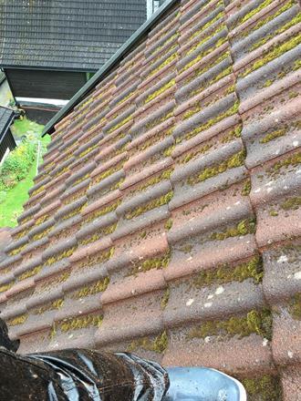 Deler av taket før rengjøring