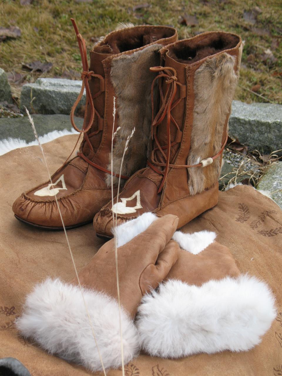 kengät ja hanskat