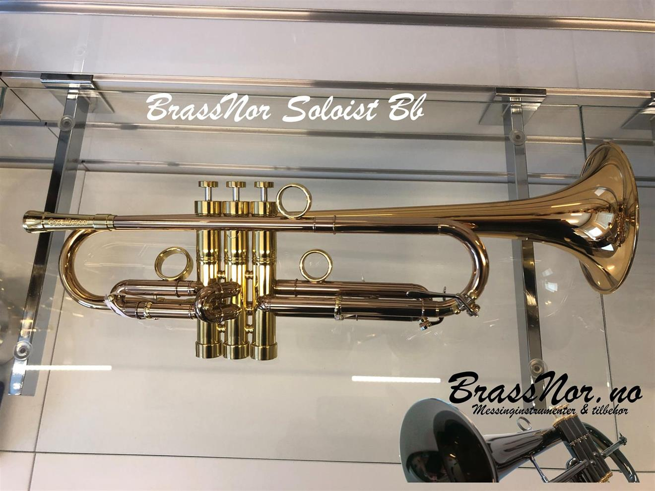 BrassNor Soloist 1110L GST trompet  lakkert