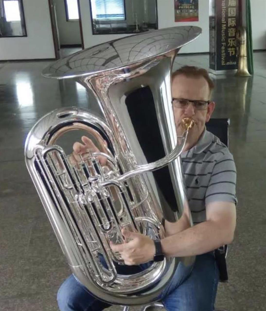 Wessex Leviathan 6/4 kompensert BB tuba