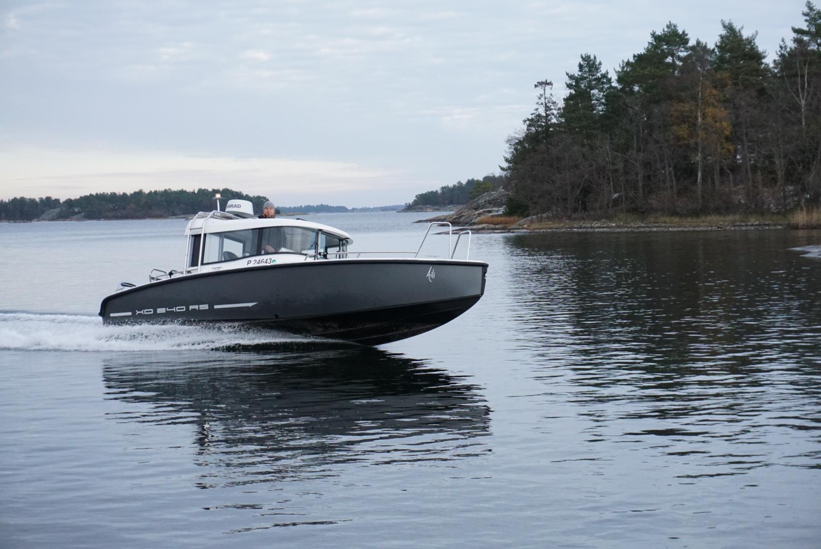 XO 240 RS cabin