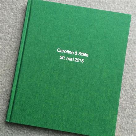 Preging i hvit på Duo Green bok 170x200