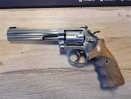 Revolver Smith & Wesson 617 .22lr (BEG)