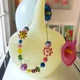 """Unikt halsband på Vas i serien """"FlowerPot"""""""