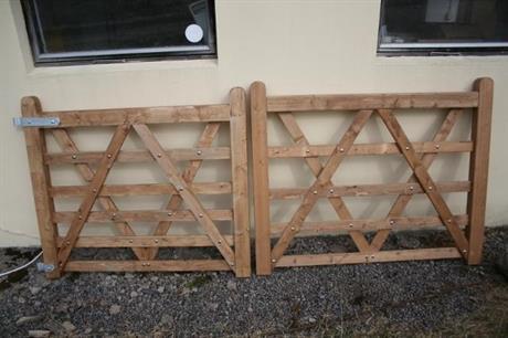 grindar i gran . 5 alt, 6 horisontella ribbor